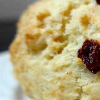 Perfect Raisin Scones