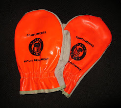 Photo: Picked these up in Harrison Arkansas, UP Orange and suede safety Mittens.