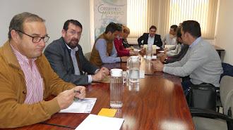 El portavoz socialista en un encuentro de la Federación Andaluza de Municipios.