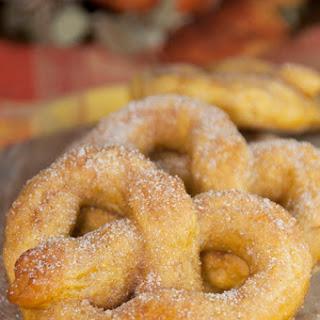 Cinnamon Sugar Pumpkin Soft Pretzels and GIVEAWAY!