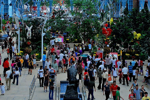 Places to shop in Sentosa Island