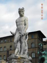 Photo: Statue at the Fountain of Neptune (atPiazza della Signoria, info from Wikipedia)