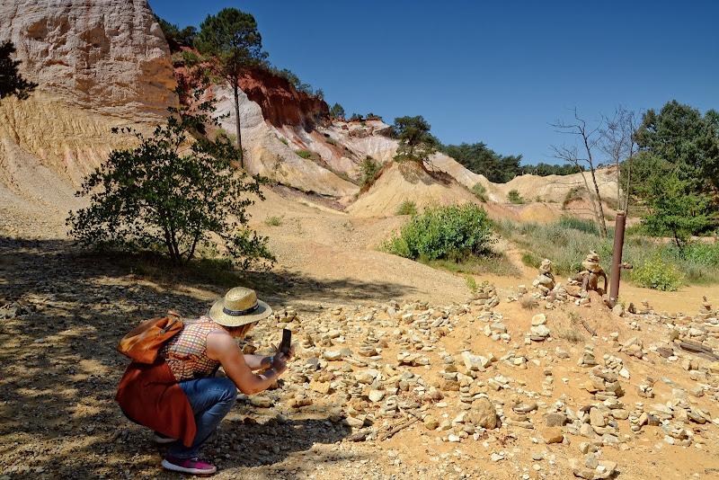 Foto ricordo agli ometti di pietra di GVatterioni