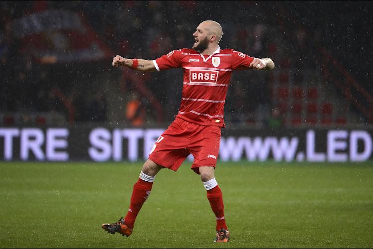 'Antwerp strijdt met Olympiakos om de opvolger van Jelle Van Damme'