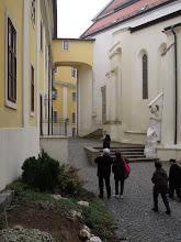 Photo: Szent Mór, az első magyar származású bencés szerzetesből lett pannonhalmi apát, majd később pécsi püspök, a bazilika támasztó ...