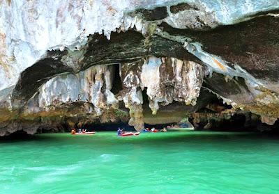 Phang Nga Bay Deluxe Tour to James Bond & Hong Island from Phuket