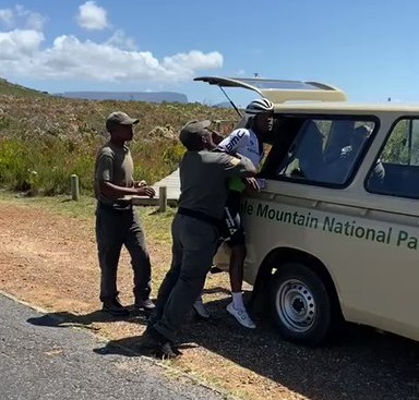 A screenshot where Nic Dlamini was allegedly assaulted by rangers at the Table Mountain National Park.
