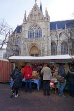 Photo: Mercado de antigüedades de Grand Sablon.