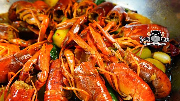 正港麻辣鮮香的麻辣小龍蝦鍋,原料來自於中國 -川辣道麻辣鍋物