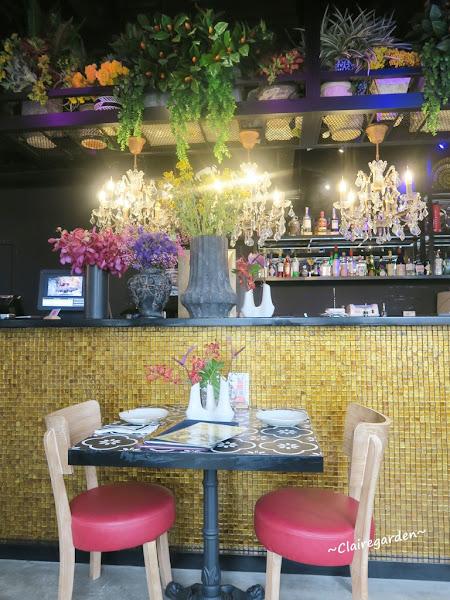 Thaï.J 泰式料理~浮誇無極限,超美花園餐廳