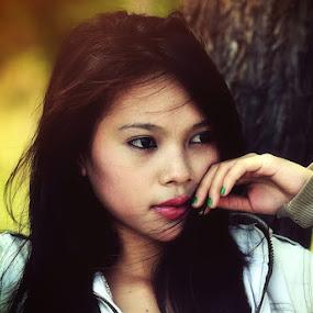 Girl Asian by Rahaditha Bachtiar Hunowu - People Portraits of Women