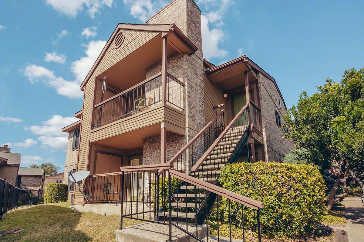 Canyon Oaks Apartments in San Antonio, Texas | Skyline Properties, Inc