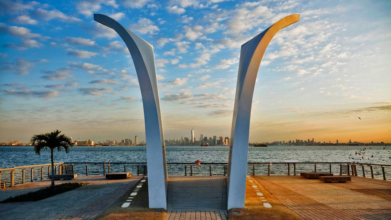 https://wallpapercave.com/w/wp3642716 Мемориал Staten Island
