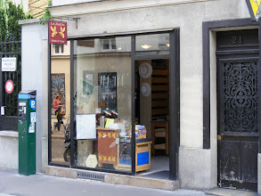 Photo: Back in Paris, I first make a little honey-buying detour to this little shop on the rue de la Butte-aux-Cailles in the 13th, in a southern part of the city known for its almost village-like character.