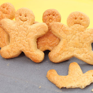 Quick & Easy Ginger & Honey Biscuits.