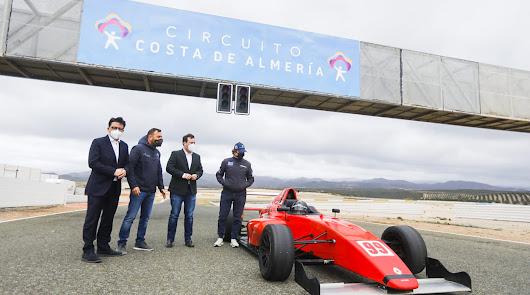 Una imagen para el recuerdo en el Circuito Costa de Almería.