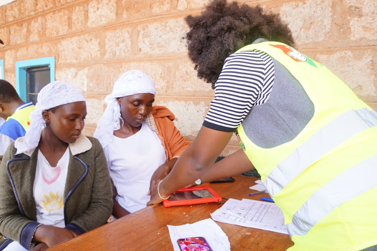 Members of the Shona community get registered with Huduma Namba at Kinoo chief's offices in Kikuyu constituency on April 22