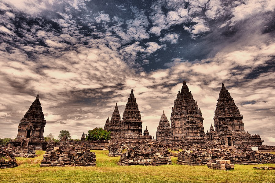 Prambanan by Bela Aris - Buildings & Architecture Statues & Monuments