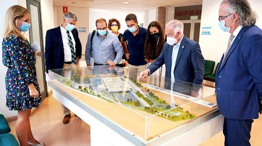 El futuro hospital de Roquetas recibe sus primeros visitantes