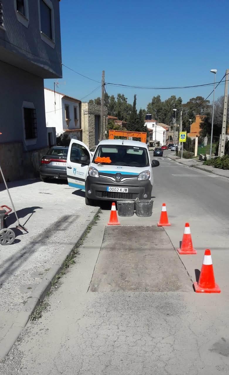 El Ayuntamiento lleva a cabo una campaña de rebacheo para reparar daños en los viarios