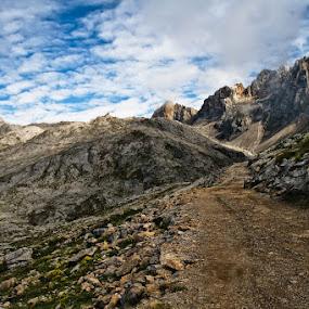 Way to heven by Jose María Gómez Brocos - Landscapes Mountains & Hills ( clouds, hills, mountain, sky, way, rocks )