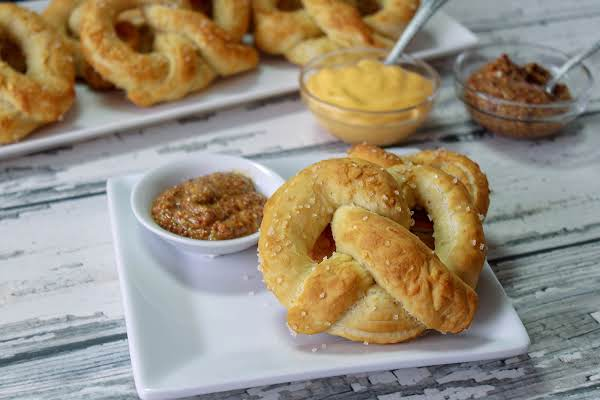 Pennsylvania Dutch Soft Pretzels Recipe
