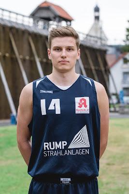 #14 Jan-Philip Dübbelde