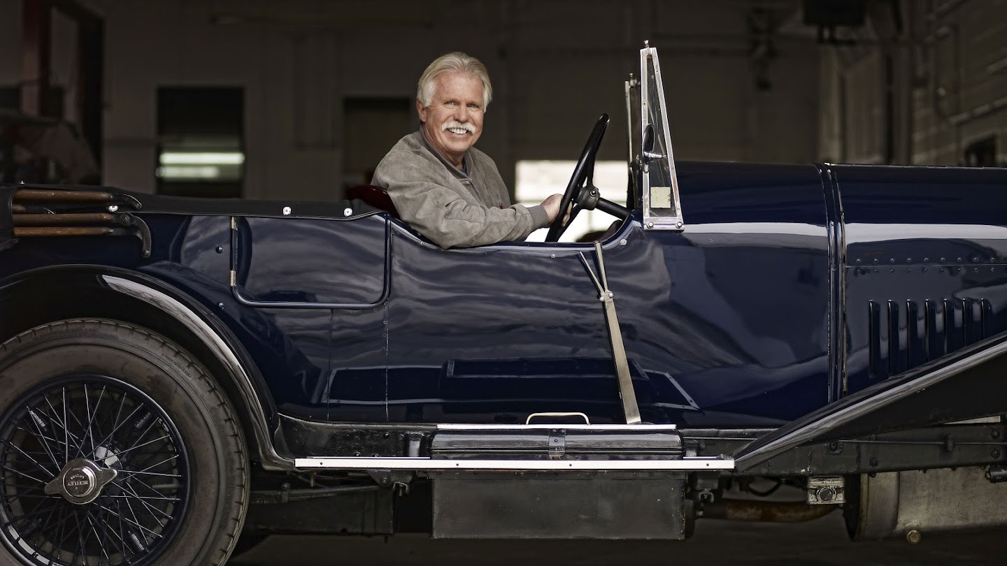 Watch Chasing Classic Cars live