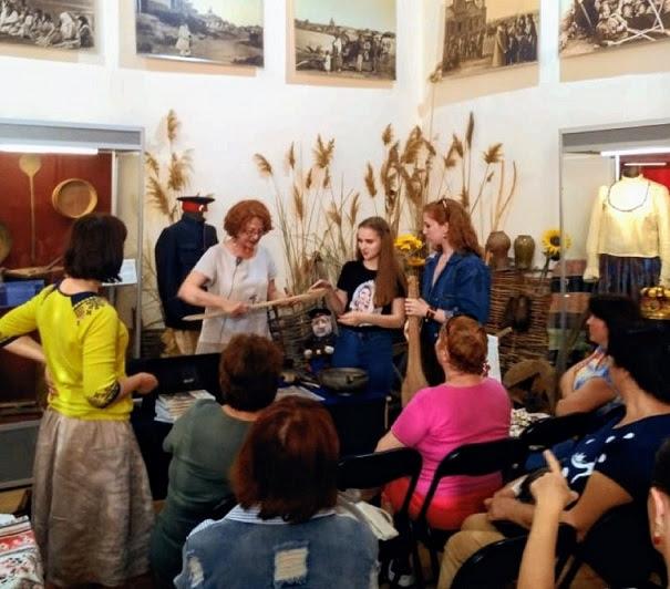 Специалисты Центра казачьей культуры ВГИИК предлагают изучить традиции