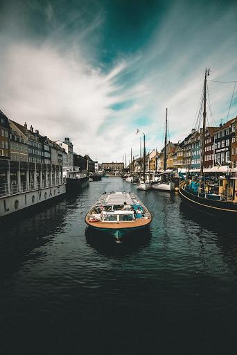 Le vin biologique et vegan à l'export : Copenhagen La petite sirène et la Vallée du Rhône