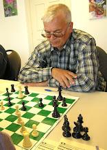 Photo: Анатолию Дарьялову не повезло с сильными соперниками. А ведь играет весьма цепко.