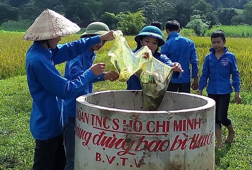 Việc lắp đặt thùng chứa bao bì, chai lọ thuốc BVTV trên đồng ruộng đã tạo sự chuyển biến rõ nét về nhận thức, hành động của người dân trong công tác bảo vệ môi trường