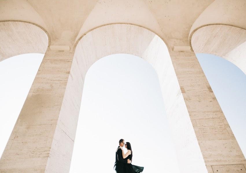 Wedding photographer Roman Pervak (Pervak). Photo of 30.10.2017