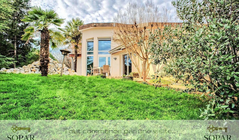 Maison avec piscine et terrasse Suris