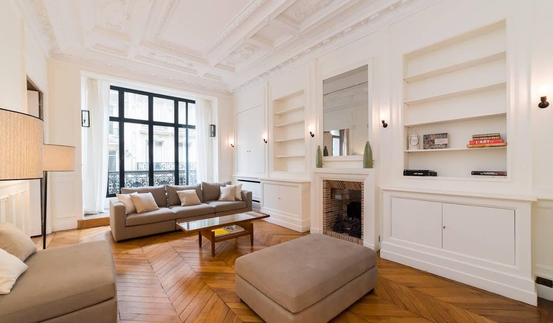 Appartement contemporain avec terrasse Paris 8ème