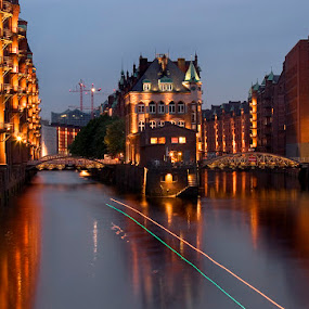 Speicherstadt in Hamburg by Grzegorz Gluchy - Buildings & Architecture Bridges & Suspended Structures ( hamburg city night river bridge )