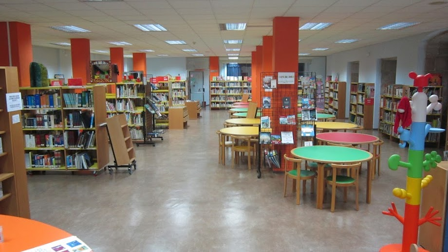 Foto Biblioteca Pública de Vigo Juan Compañel 2