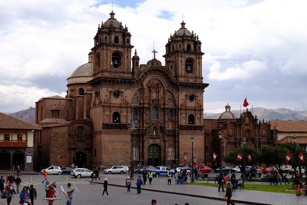 Plaza de Armas, Cuco