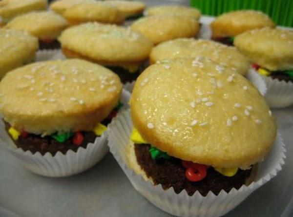 Hamburger Cupcakes Recipe
