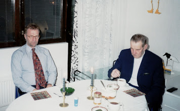 Photo: 1995 - Lasse ja Pappa jouluaterialla
