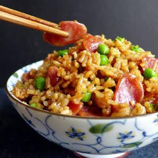 Chinese Sausage Fried Rice (腊肠炒饭).