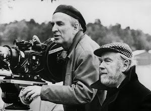 Photo: Ingmar Bergman e seu diretor de fotografia Sven Nykvist.  http://filmesclassicos.podbean.com