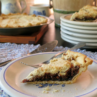 Shoofly Pie (Molasses Pie) #SundaySupper
