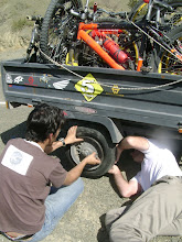 Photo: no es fácil encontrar un mecánico a 2200 msnm...