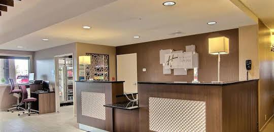 Holiday Inn Express Fargo - West Acres
