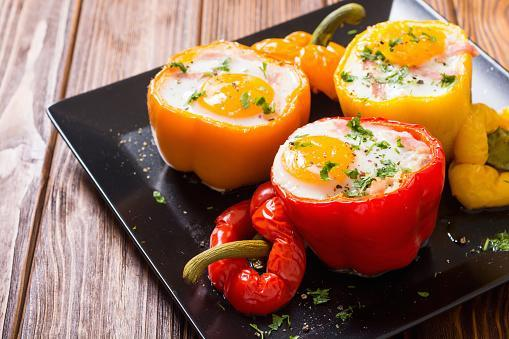 https://media.istockphoto.com/photos/baked-pepper-stuffed-with-bacon-and-eggs-picture-id1177548271?b=1&k=6&m=1177548271&s=170667a&w=0&h=EqFZtqwQ-1weDvxA6aHCnZerCZMrVzJeMHKCesOipfI=