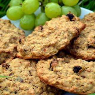 3 Ingredient Raisin Banana Oat Biscuits