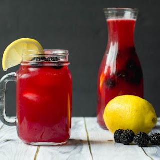 Refreshing Blackberry Lemonade.