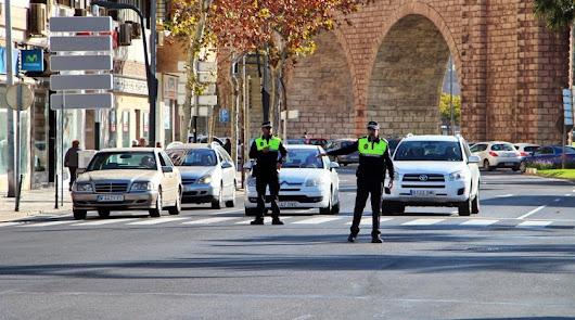 Atascos en la capital por la operación salida del puente del Pilar
