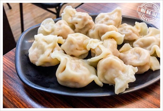 台南鹹粥水餃